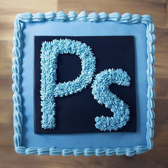 Adobe Photoshop Cake Maybe For A Webdesign Lovers Birthday