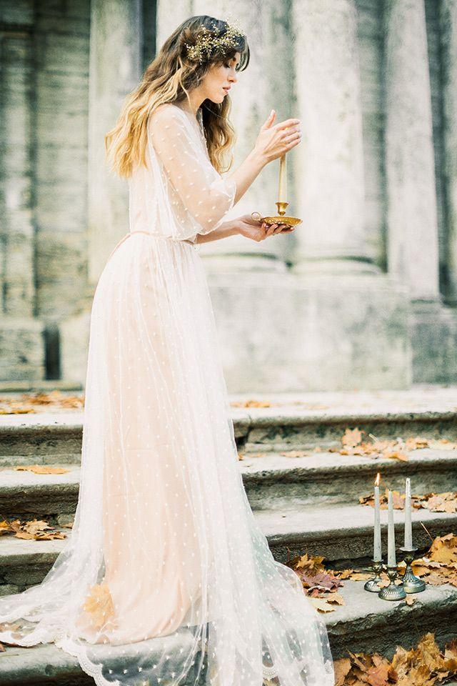 Candlelit bridal session | Antonova Kseniya Photography | see more on: http://burnettsboards.com/2015/12/romantic-bridal-session/