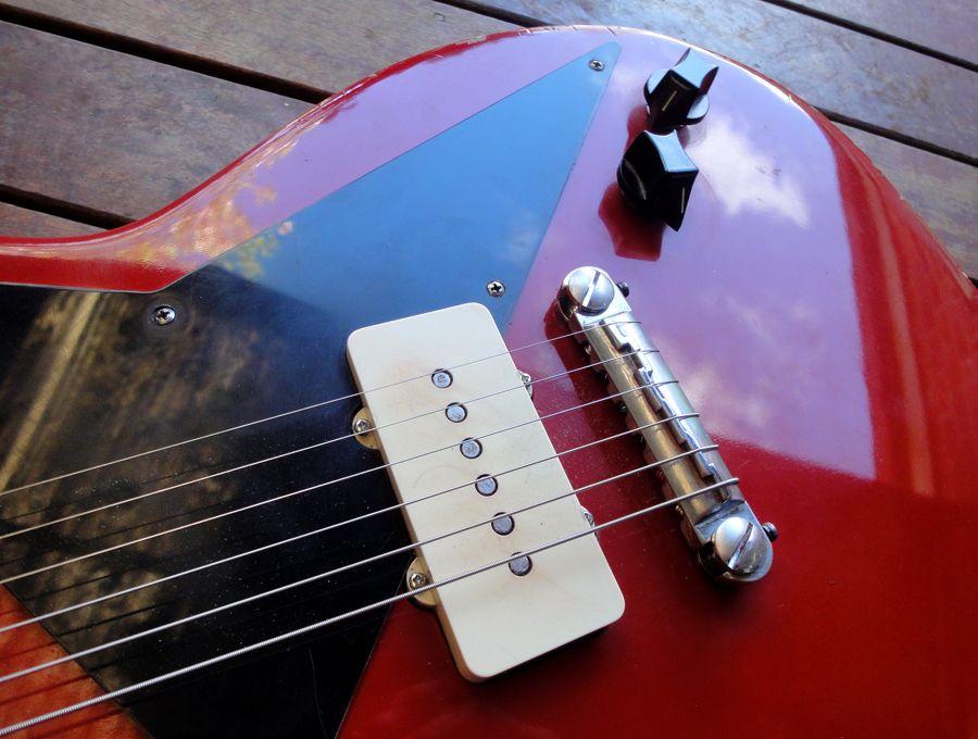 Harvester Bespoke Guitars Repairs Modifications Home Guitar Cool Guitar Repair