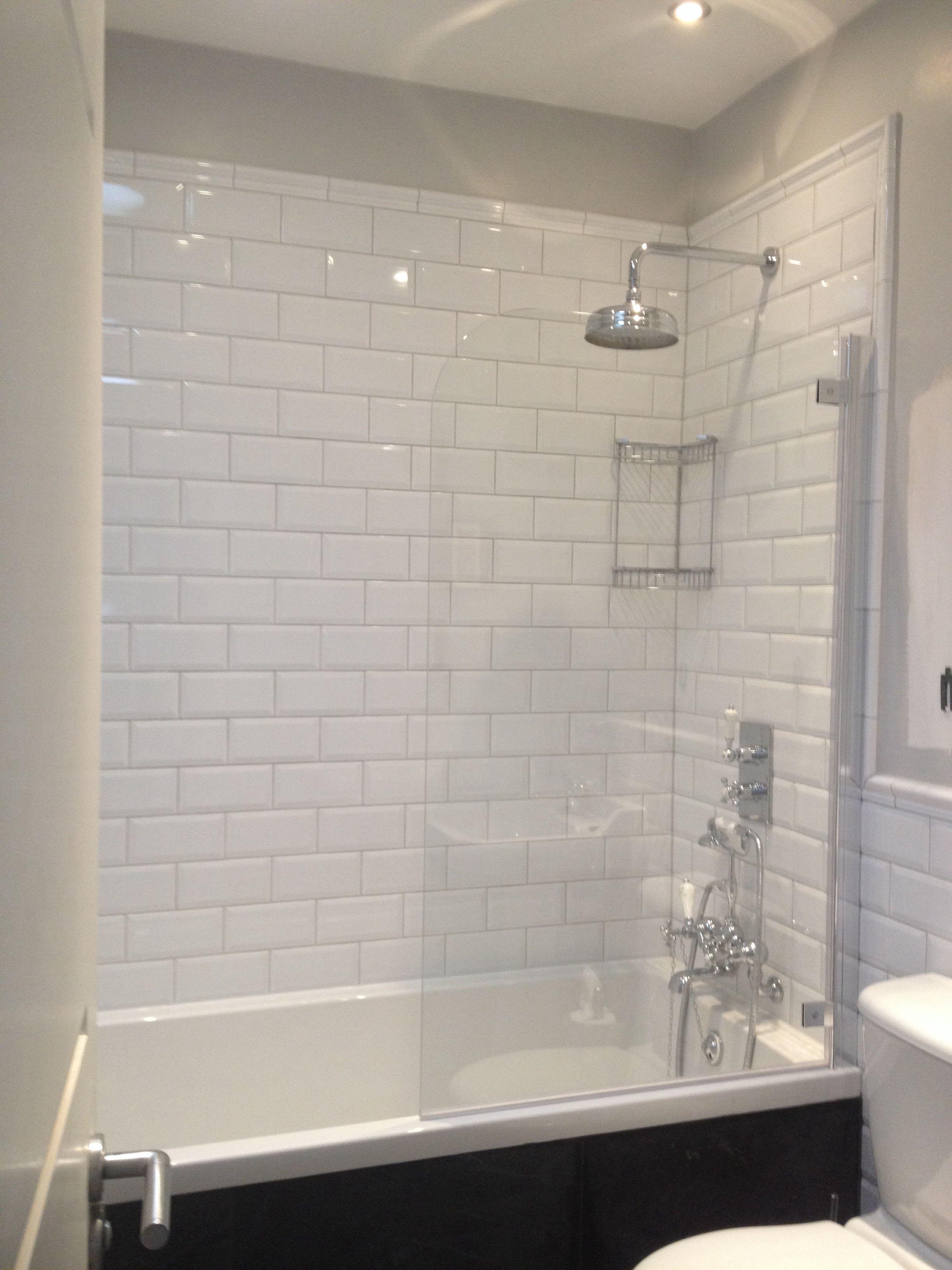 viola subway tiles with dado border bathrooms. Black Bedroom Furniture Sets. Home Design Ideas