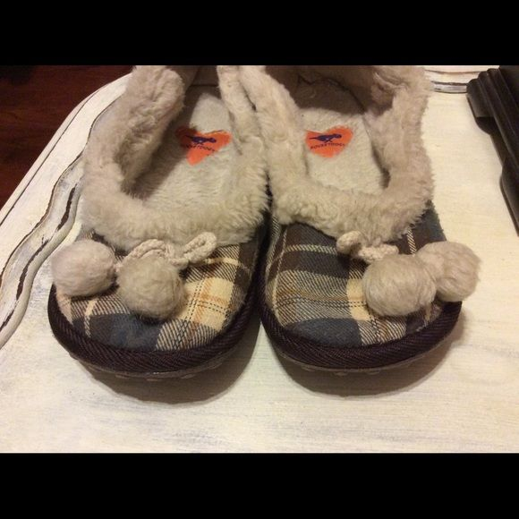 Rocket Dogs House Shoes So Very Soft Fuzzy Very Good Condition
