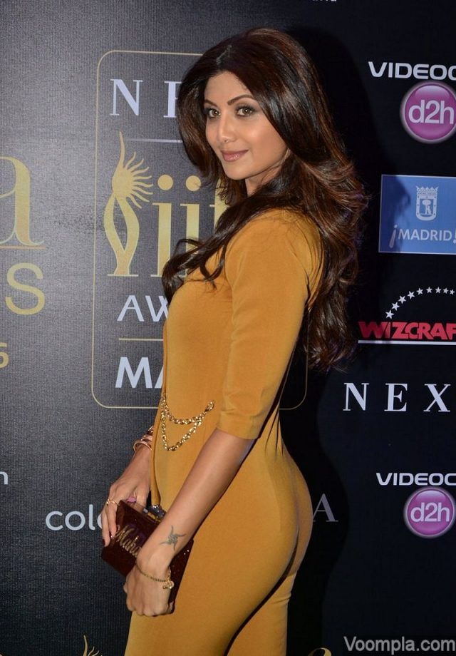Shilpa Shetty Hot And Sexy Yoga Pics Collection With Very -9170