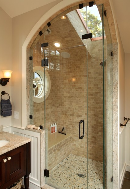 Love the skylight in the shower!