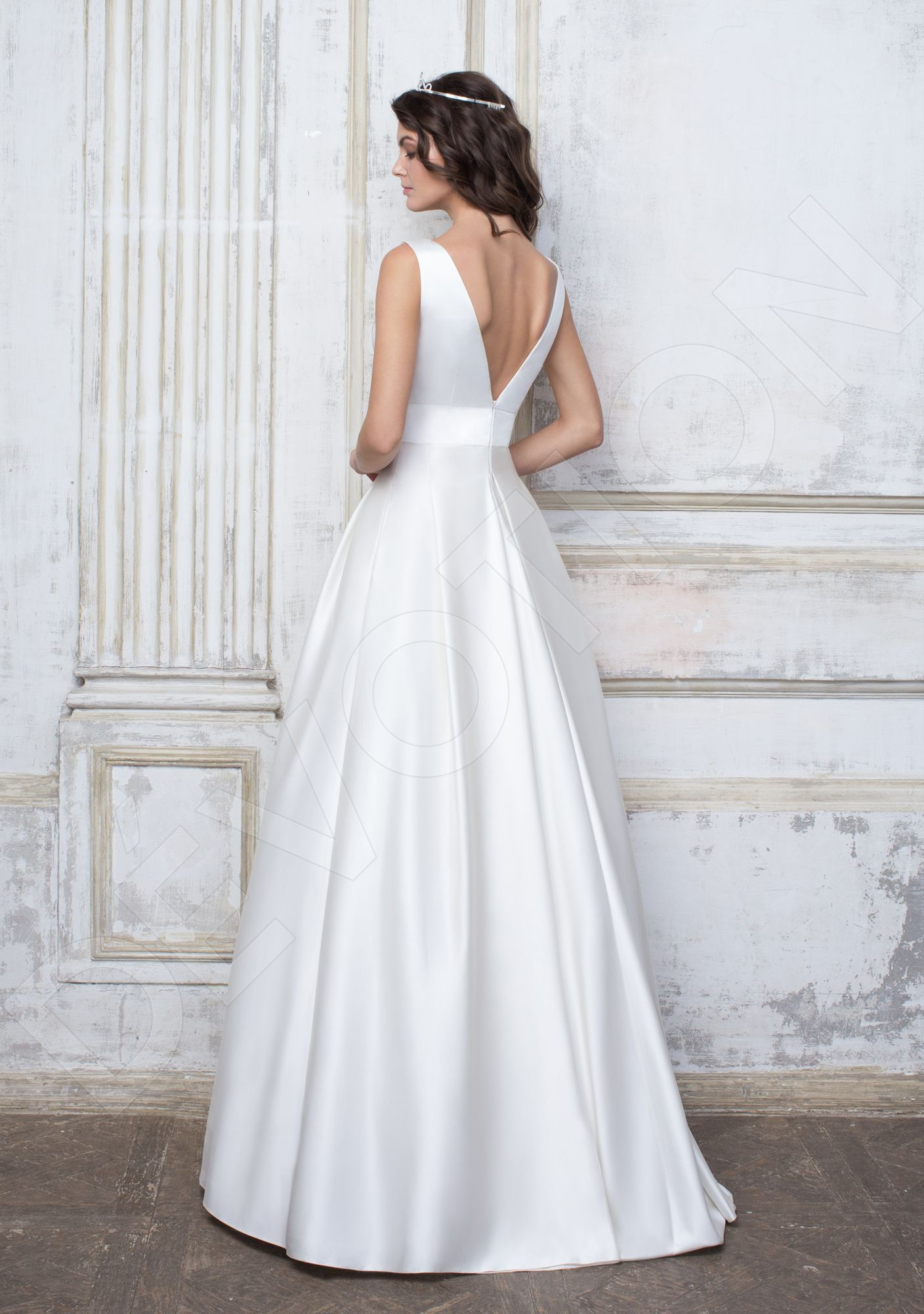 Olivia Classic Satin Wedding dress White Devotiondresses