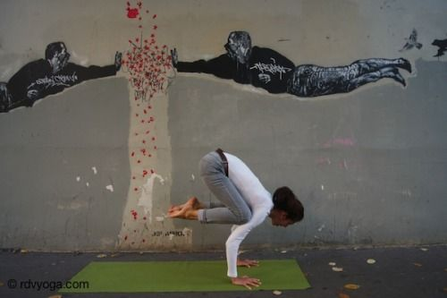 Bakasana, le Corbeau. Ready to fly !