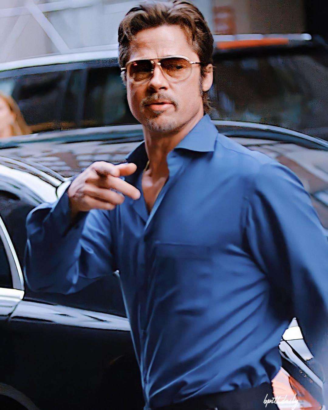 Brad Pitt Wallpaper 3 Dorawang Blog In 2020 Brad Pitt Brad Pitt Shirtless Brad Pitt Young