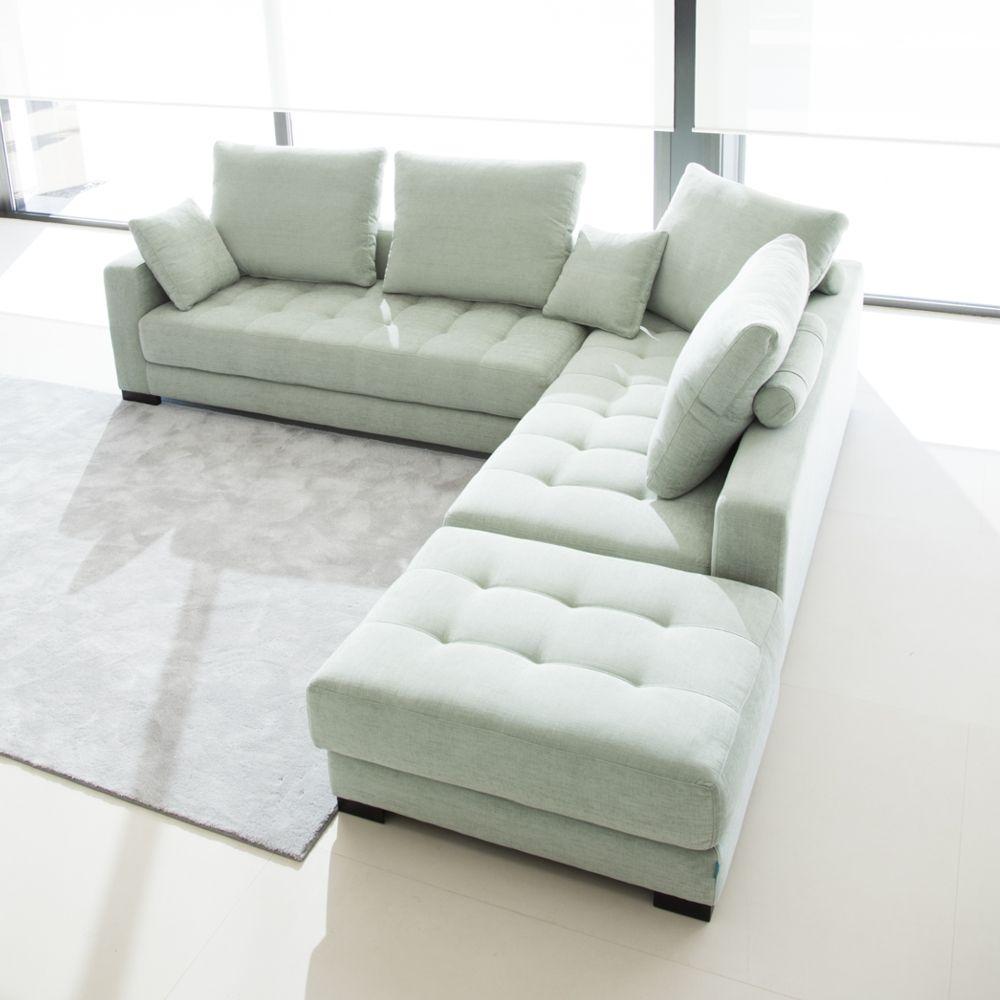 Capitoné en sofá verde claro   Sofá verde, Muebles de sala