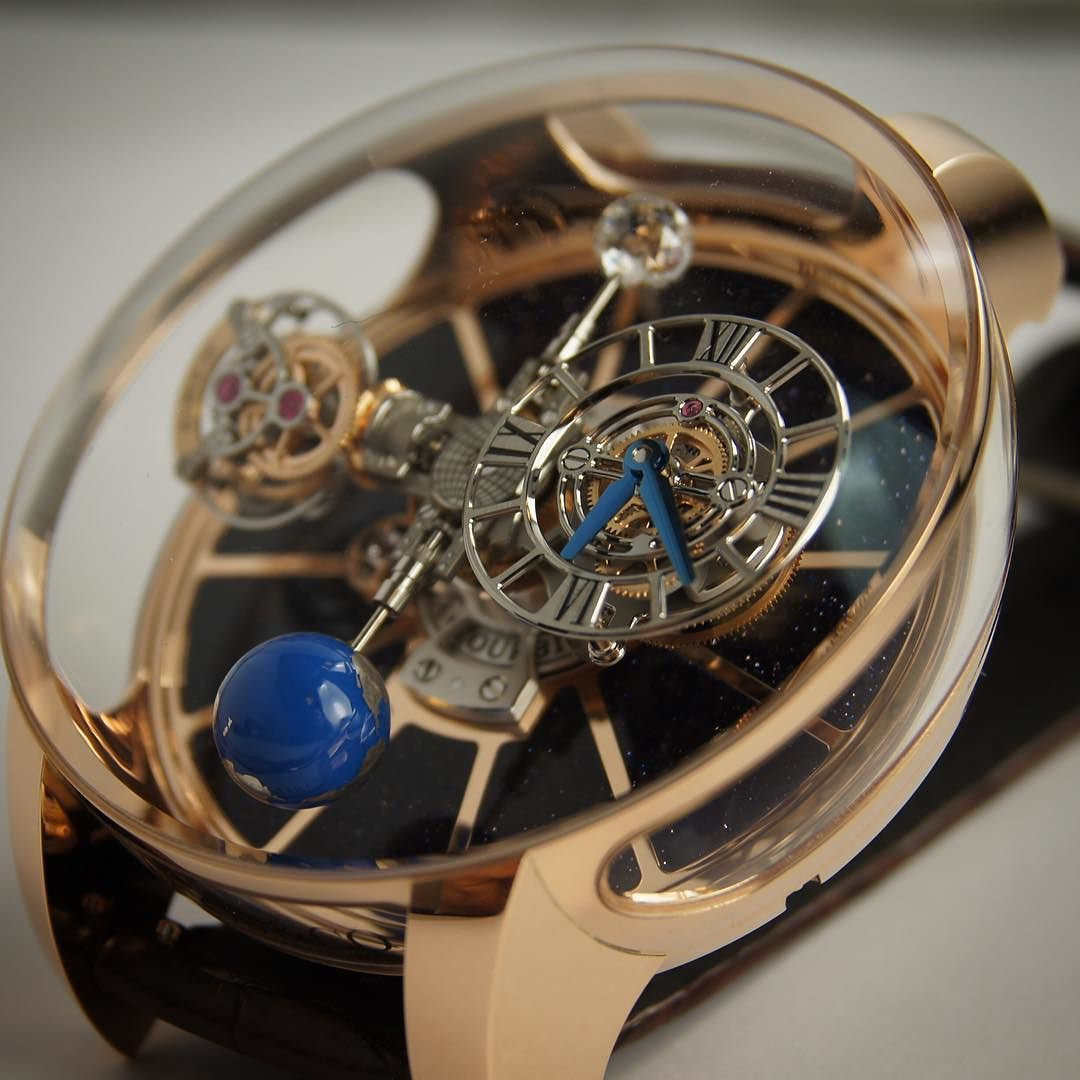 Last picture of my shooting of this @jacobandco #astronomia #tourbillon  I love it  do you?  Read more about watches daily on www.worldtempus.com  #TeamWT #watchaddict #wristshot #watchfreak #watchgeek #watchporn #watchnerd #watchoftheday #womw #watchesofinstagram #instawatch #watchshot #wristie #dailywatch #swissmade #timepieces #luxurywatches #watchgallery #collectingwatch #watches #montres #orologi #relojes #luxury #luxe #menstyle #menfashion by ppdc_wt