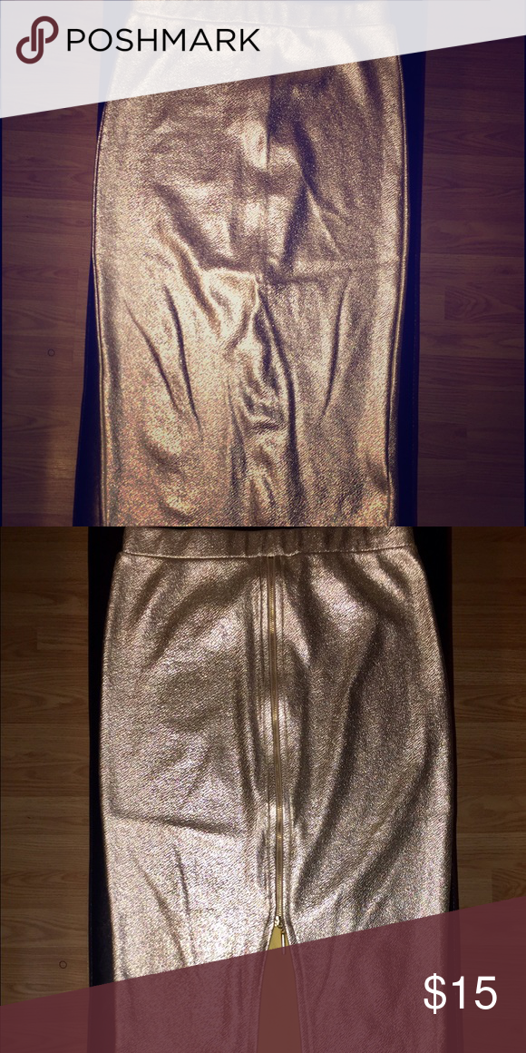 Bodycon Metalic Gold Skirt W/ Back Zipper Windsor Size Small WINDSOR Skirts Pencil