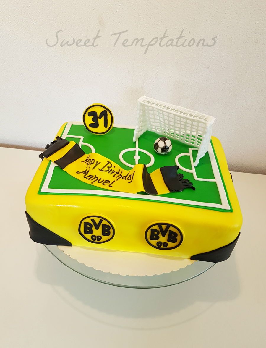 Soccer Cake on Cake Central  Birthday Ideas  Bvb torte Torte kindergeburtstag Fuball torte