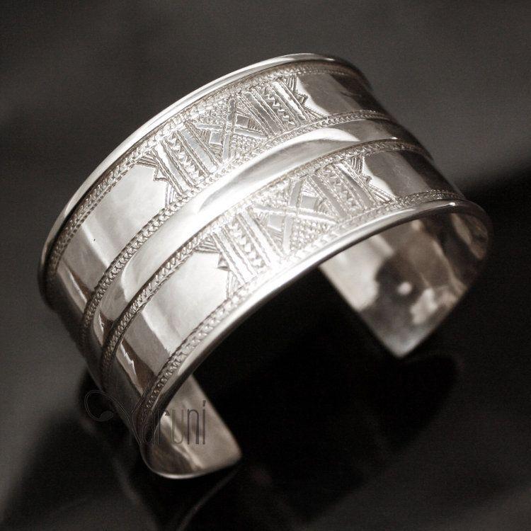 Royaume-Uni disponibilité 70498 e3bdf Bijoux Touareg Ethniques Bracelet Manchette en argent Large ...