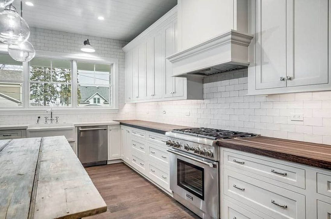 40+ Top White Kitchen Cabinetry Design Ideas That Looks ...