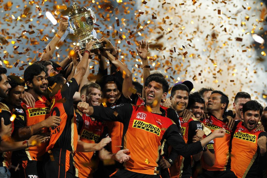 Sunrisers Hyderabad Won Maiden Ipl Title Beat Challengers By 8 Runs Ipl Cricket Cricket Match
