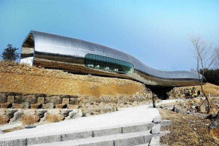 © X-TU Architects. Museo de la Prehistoria / X-TU Architects.
