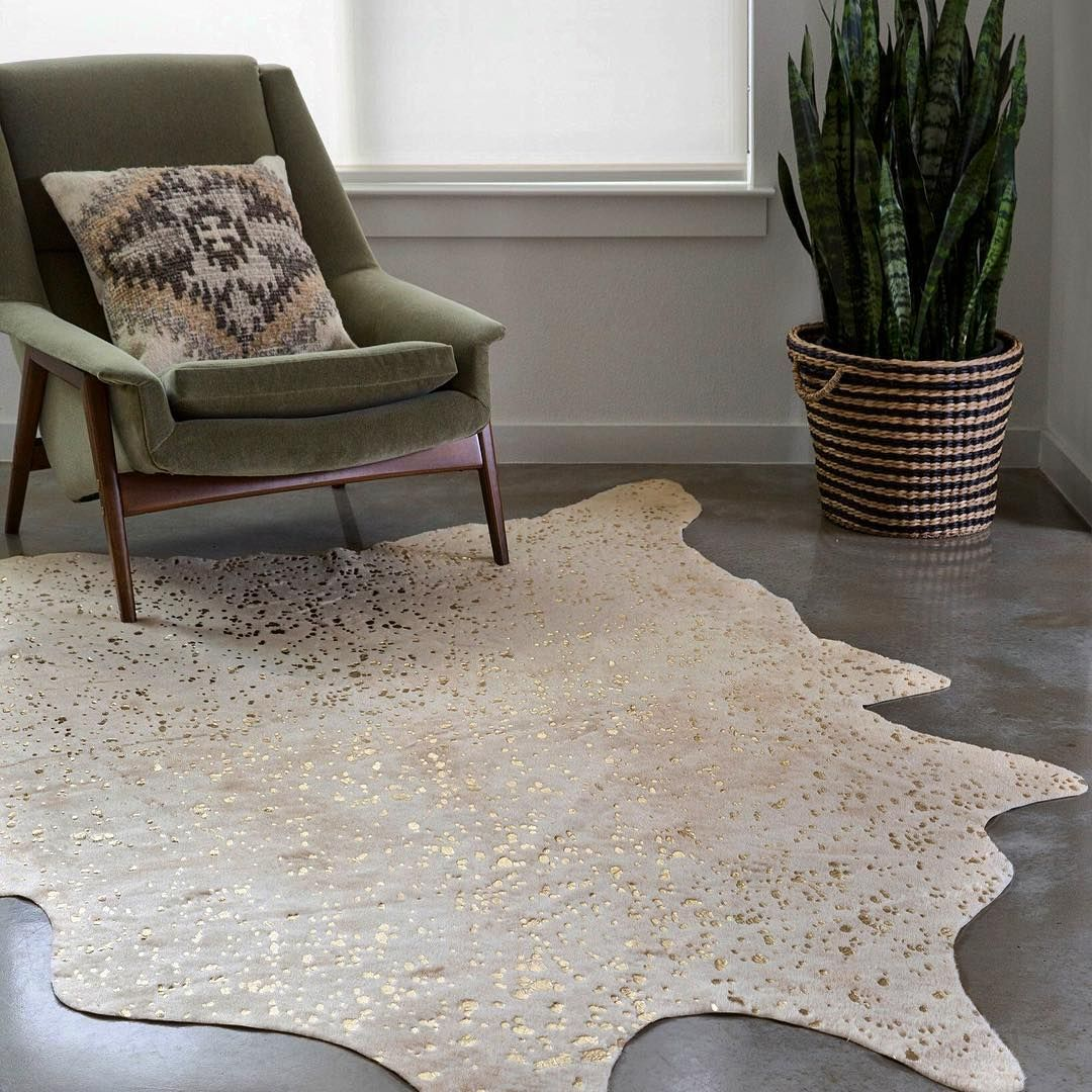 Pin By Elizabeth Gordon Studio On Fuzzy Side Up Hand Tufted Rug Trends Inspiration Faux Cowhide Rug Cow Hide Rug Faux Cowhide