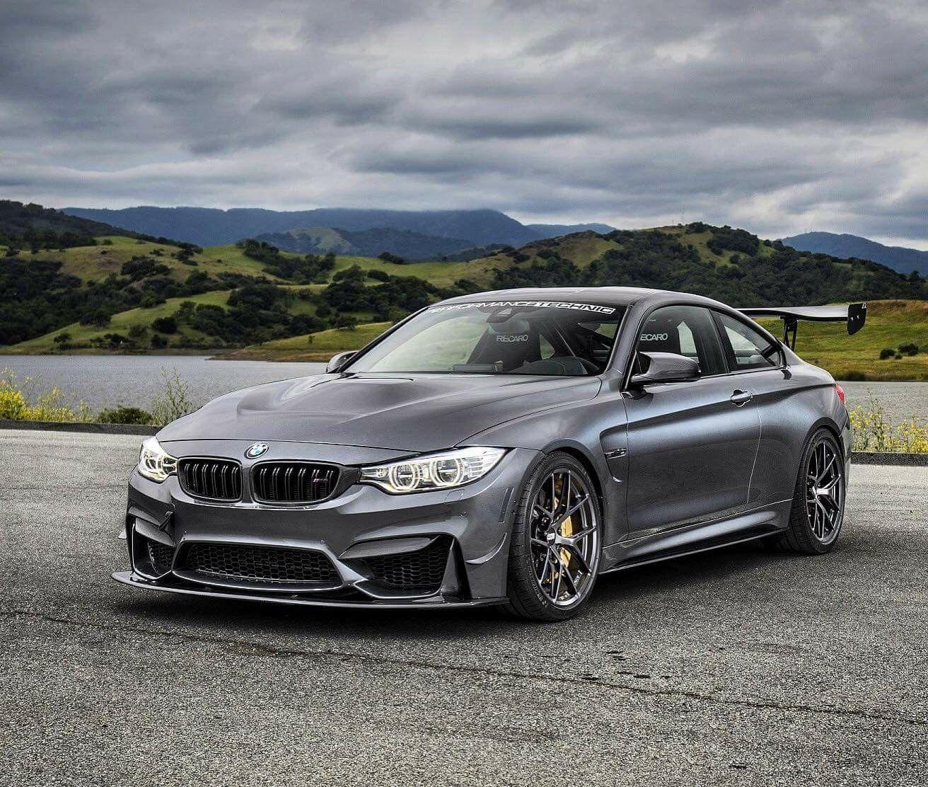 Bmw M4: BMW F82 M4 Grey Wing