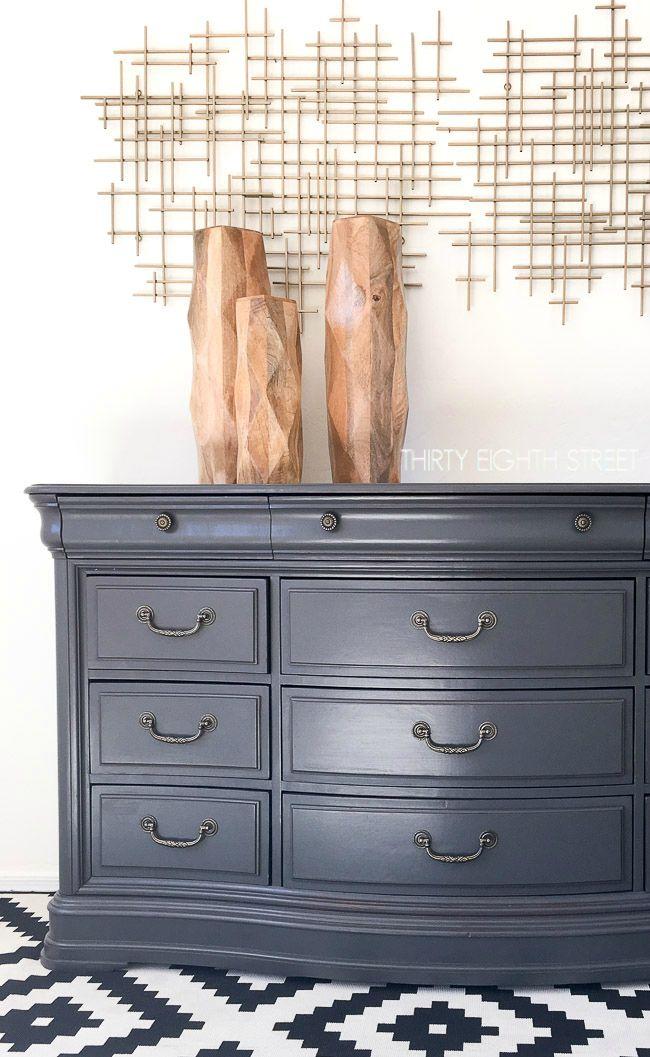Rocky Mountain Dresser Makeover #DIY #furniturepaint #paintedfurniture #homedecor #countrychicpaint #dresser #bedroom #gray #charcoal - blog.countrychicpaint.com