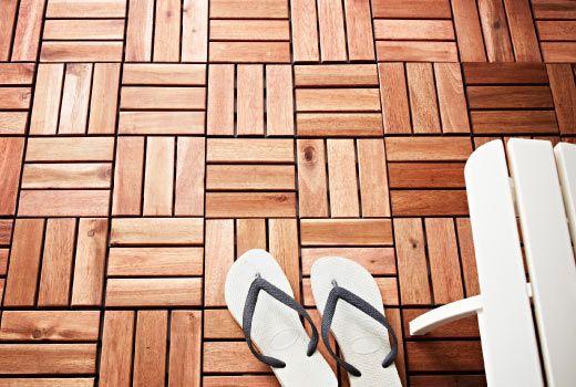 Ikea holzfliesen für balkon und terrasse wie z. b. platta bodenrost