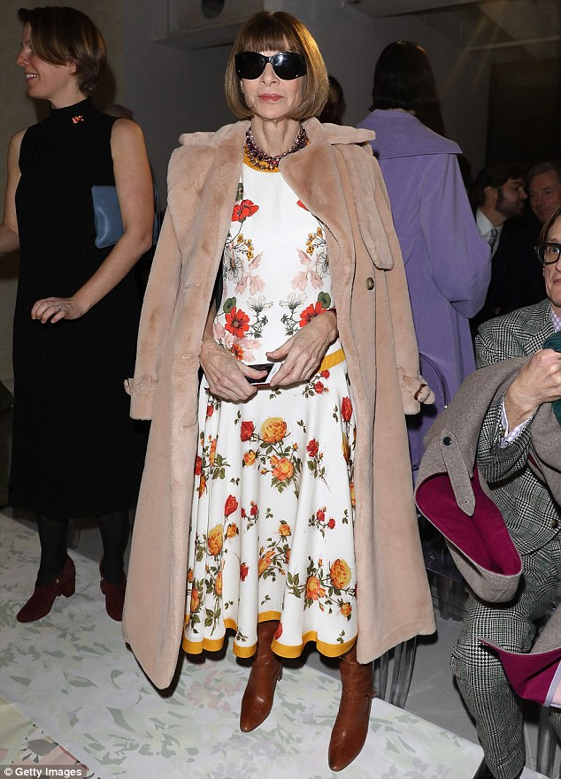 Vogue editor-in-chief's Anna Wintour's style comes down to a three-piece fashion formula | Daily Mail Online