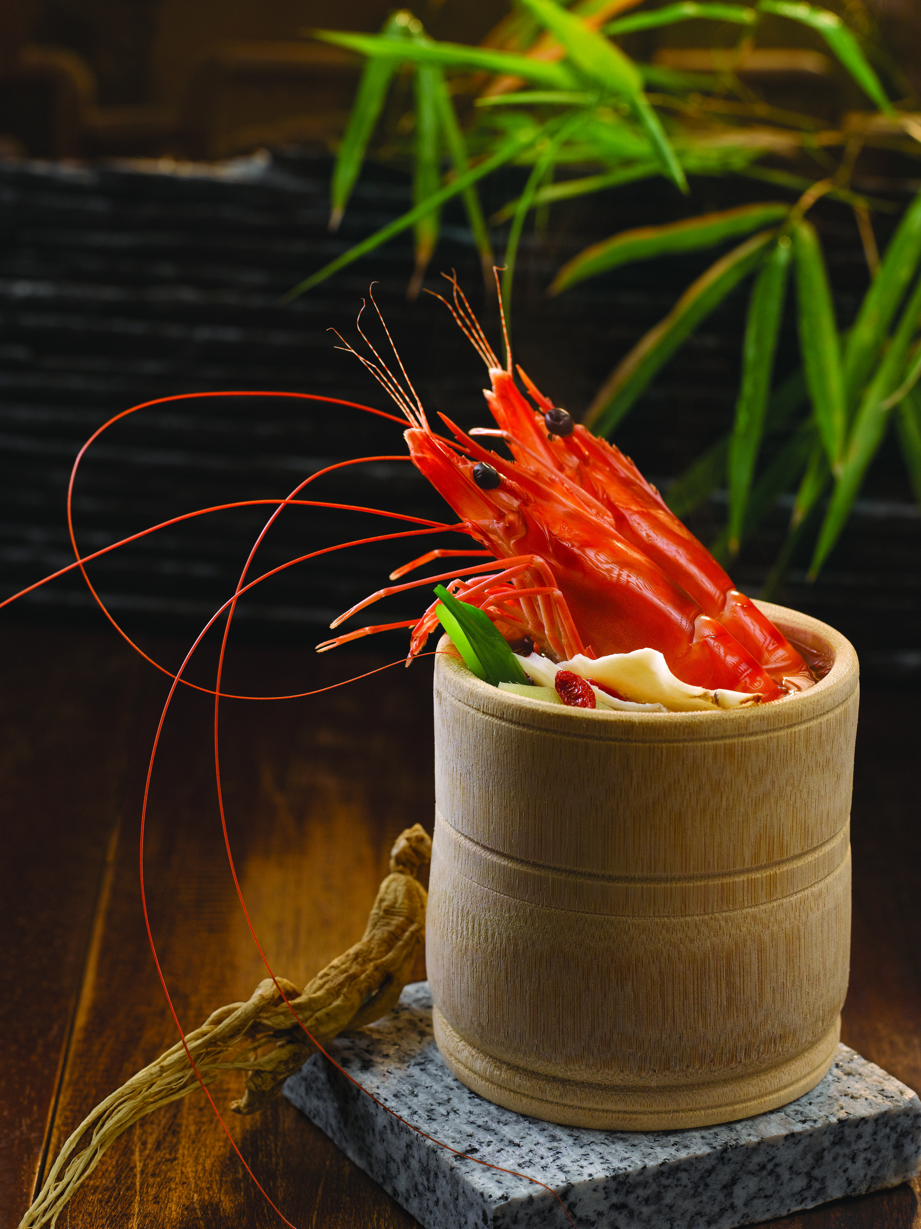 Bamboo Herbal Prawn A Pair Of Juicy Prawns Cooked In A Nourishing Wine Stock Infused With The Revitalising Essences Of Ang Herbalism Tasting Moscow Mule Mugs