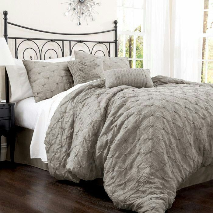 Best Grey Bedding Add Some Yellow Or Bright Green Accents 400 x 300