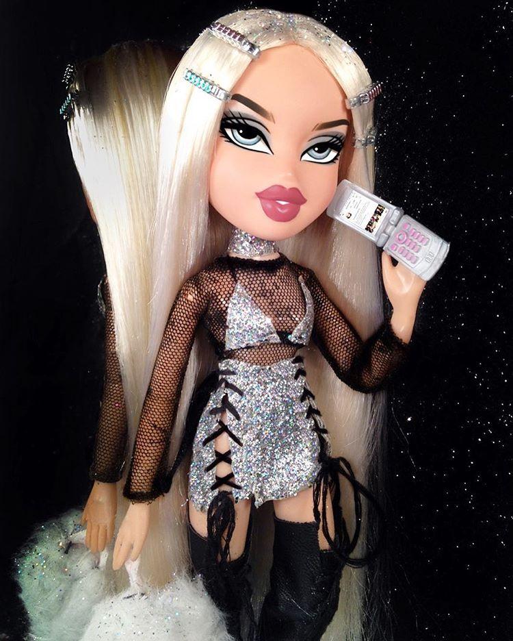 Barbie Wallpaper Tumblr: *When A Fucking Bratz Doll Looks Better Than U* ⚠De De