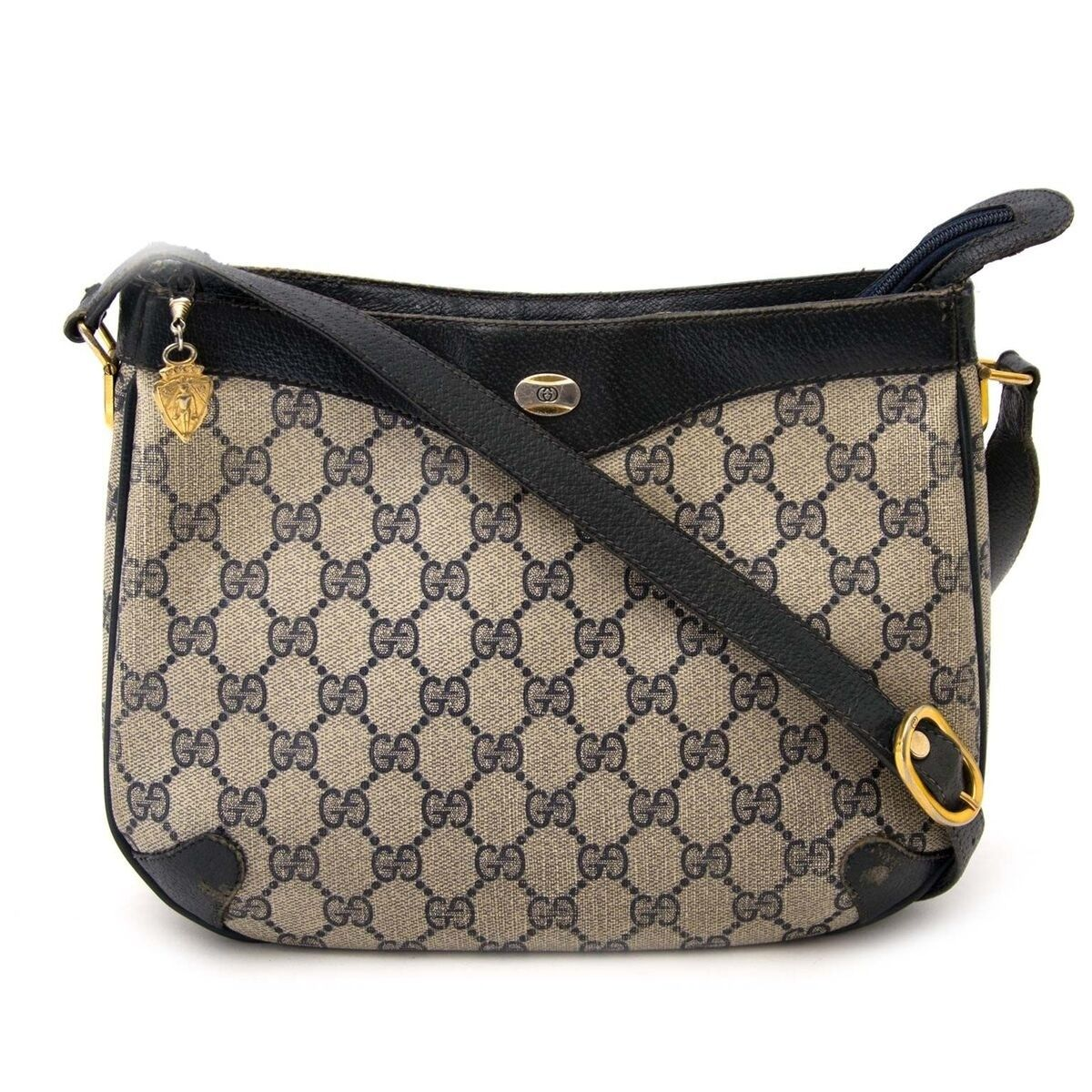 92431bc4be78 Buy an authentic secondhand Gucci bag at the right price at LabelLOV vintage  webshop. Safe