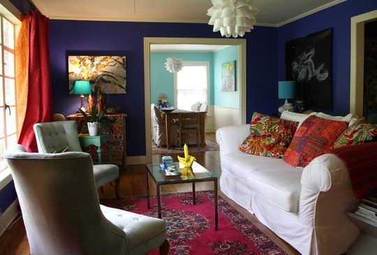 Check out this Abilene, TX house on apartmenttherapy.com and vote for it in the Room for Color 2012 contest. I've been in this house and the whole place is just as lovely!