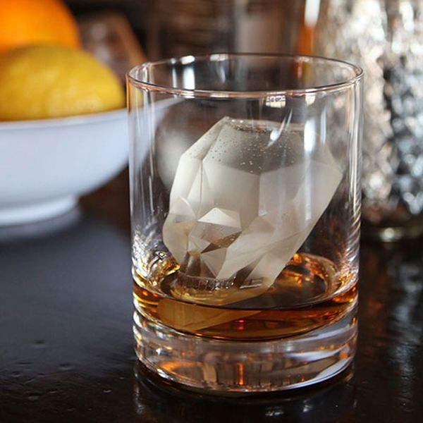 Skull Ice Cube - 3D ice cube is great for Halloween, pirate parties, gore fans, and Indie lovers (Jones, not music). $11.95