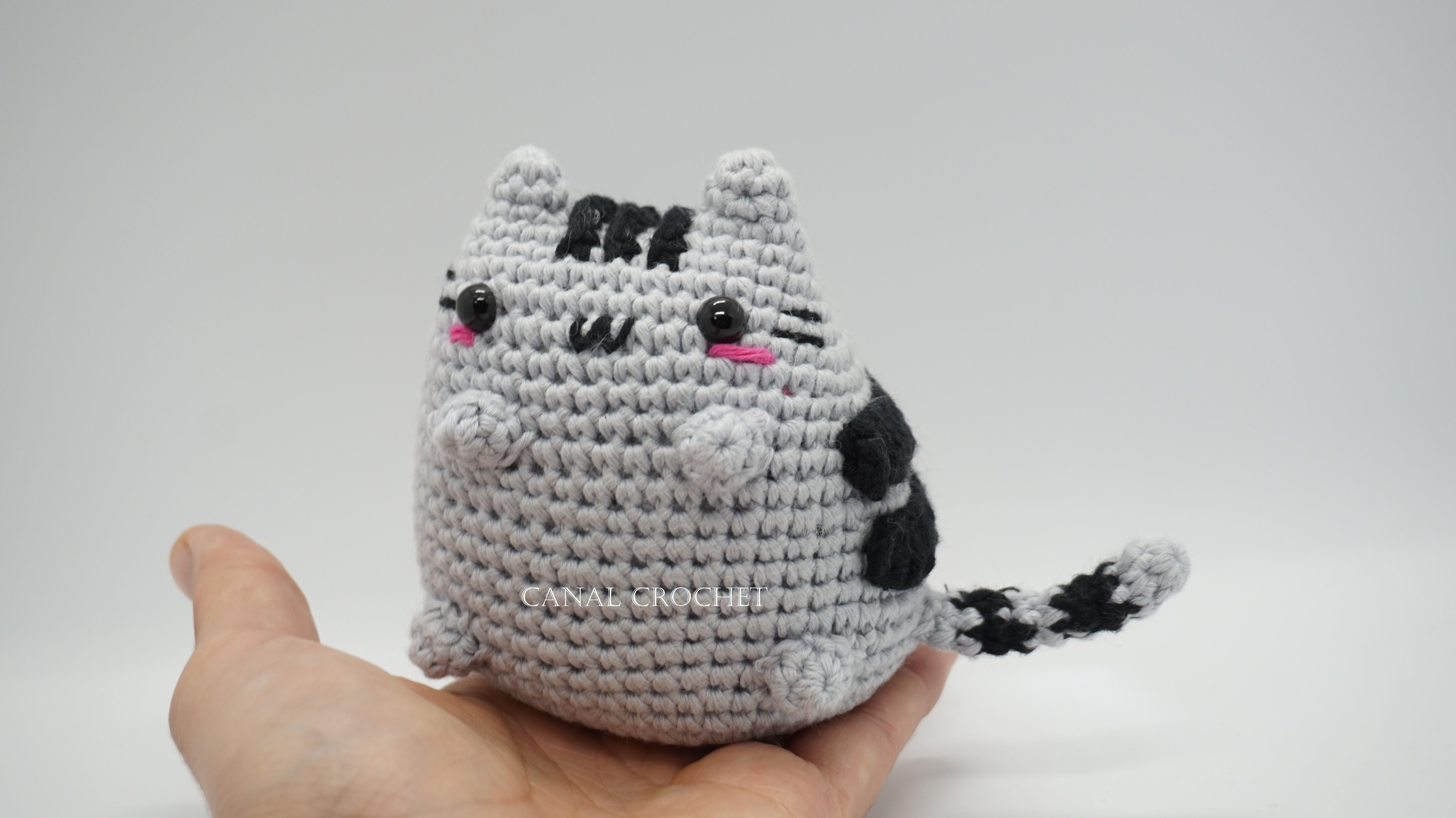 Gato kawaii amigurumi en youtube , canal crochet. | Mini | Pinterest ...