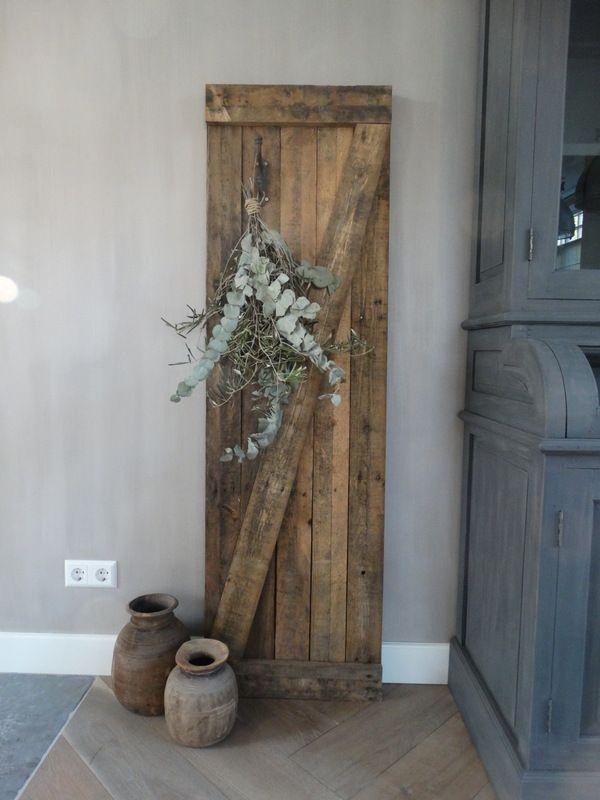 Photo of Stoer oud decoratiepaneel hout afkomstig van oude cacaokisten. www.stoer-stijlvo…