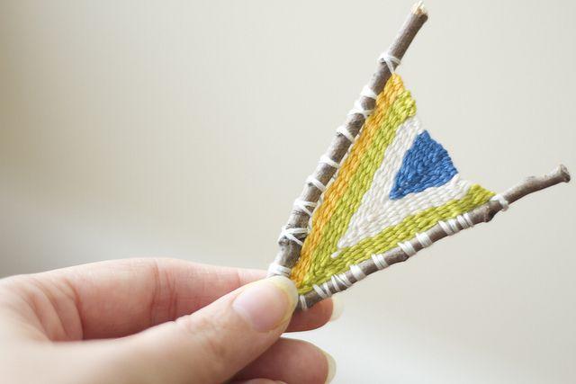 Diy Met Takken : Branch weaving weaving weaving loom weaving weaving art