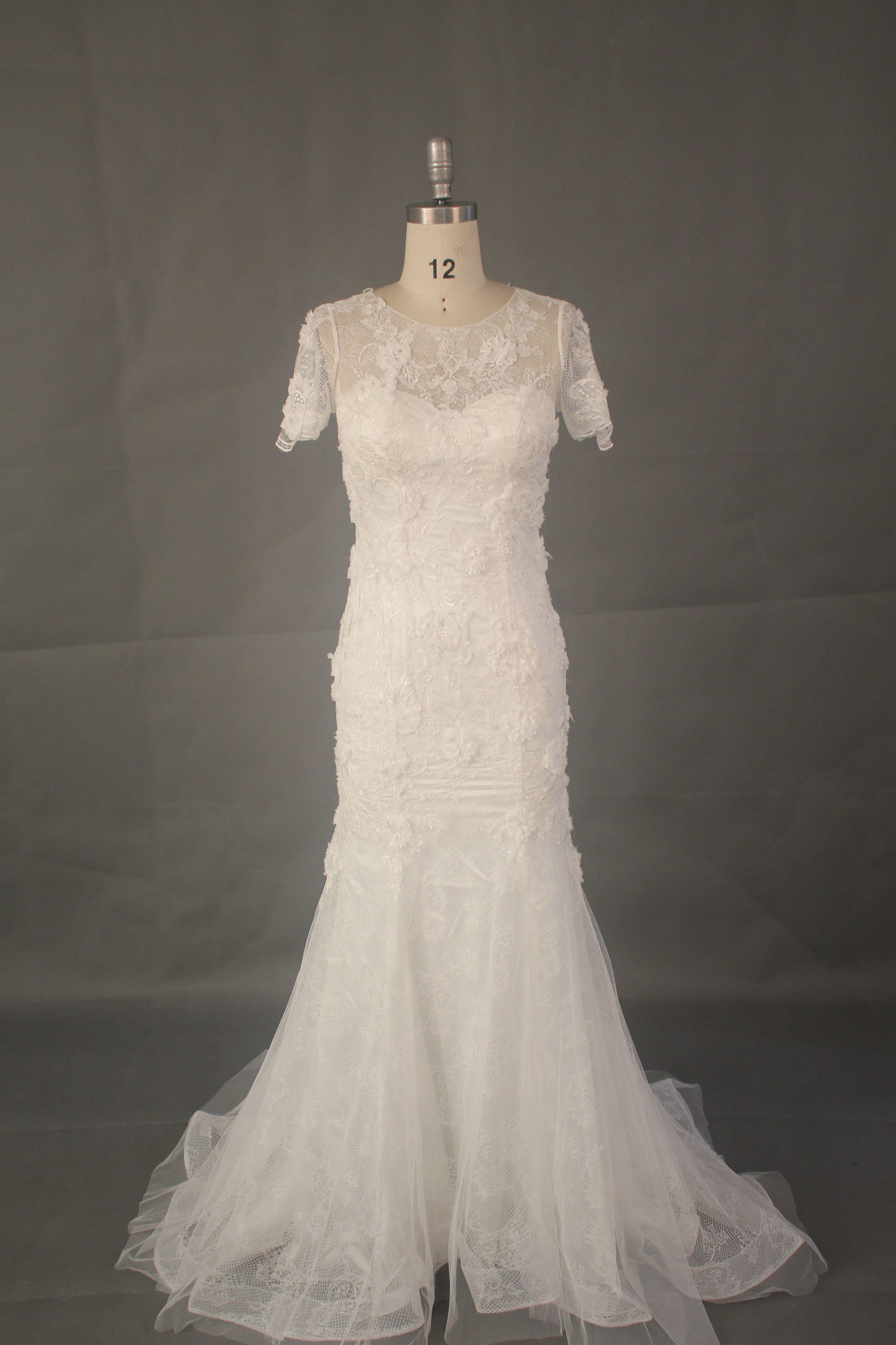 Exelent usa made wedding dresses vignette princess for Custom wedding dress dallas