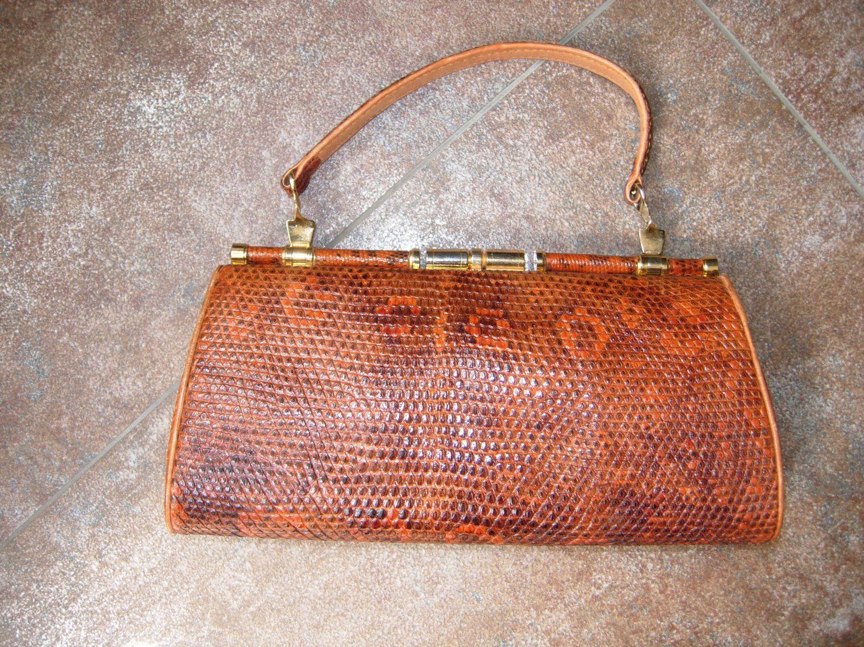 sac vintage en  cuir façon lézard de la boutique RetromaniaTresors sur Etsy