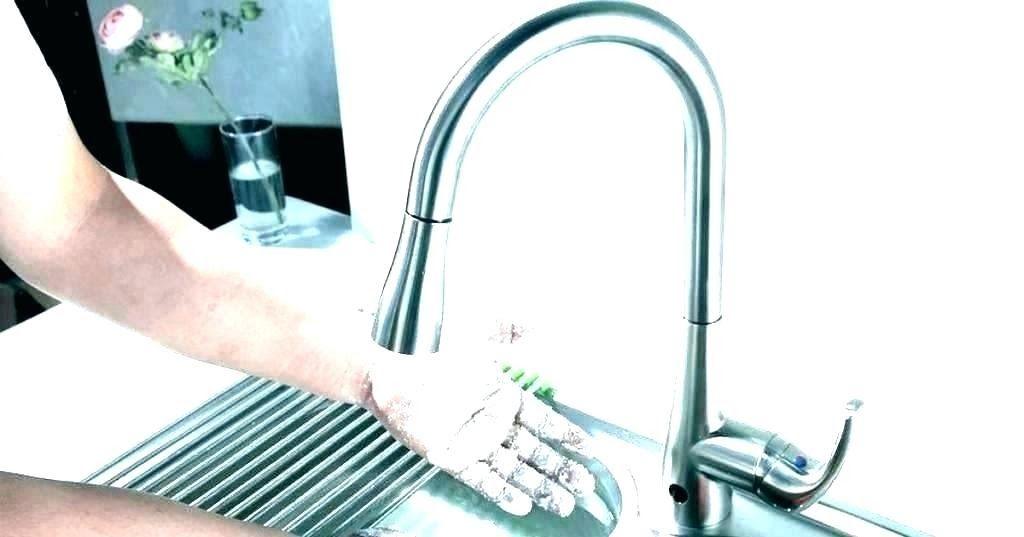 delta faucet battery replacement