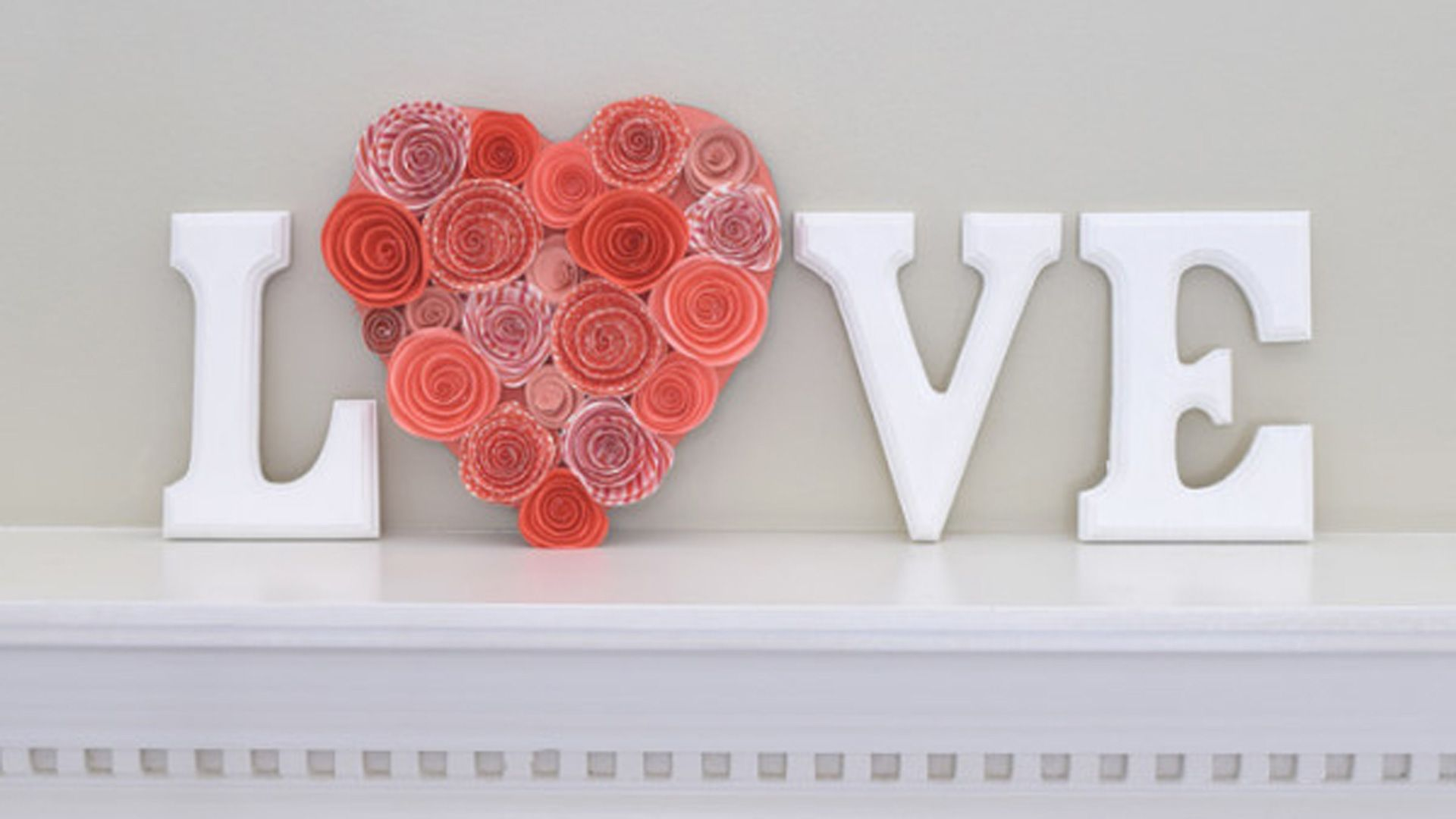 These simple crafts are perfect for Valentine\'s Day