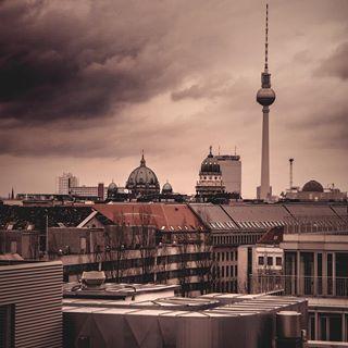 Berlin City Skyline Free Vector Cdr Download 3axis Co Berlin Berlin City Travel Journal