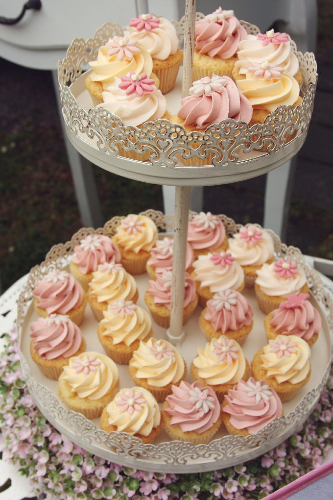 Candybar Sweettable Vintage Mini Cupcakes Wedding Hochzeit