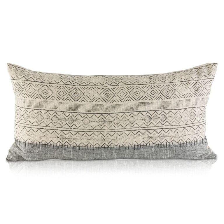 Andhi Linen Lumbar Pillow Modern Throw Pillows Pillows Traditional Decorative Pillows
