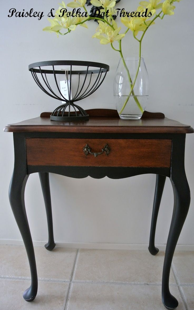 Chalk Painted Queen Anne Tables | Queen Anne Table   Legs Painted Black.  Going To
