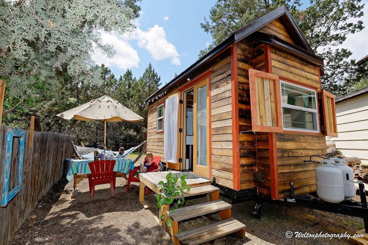 The Cutest Tiny Houses To Rent In The Pacific Northwest Renting