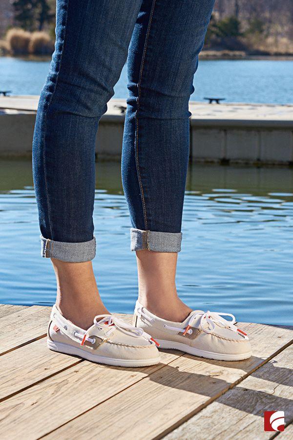 Women's Shoresider Canvas Boat Shoe