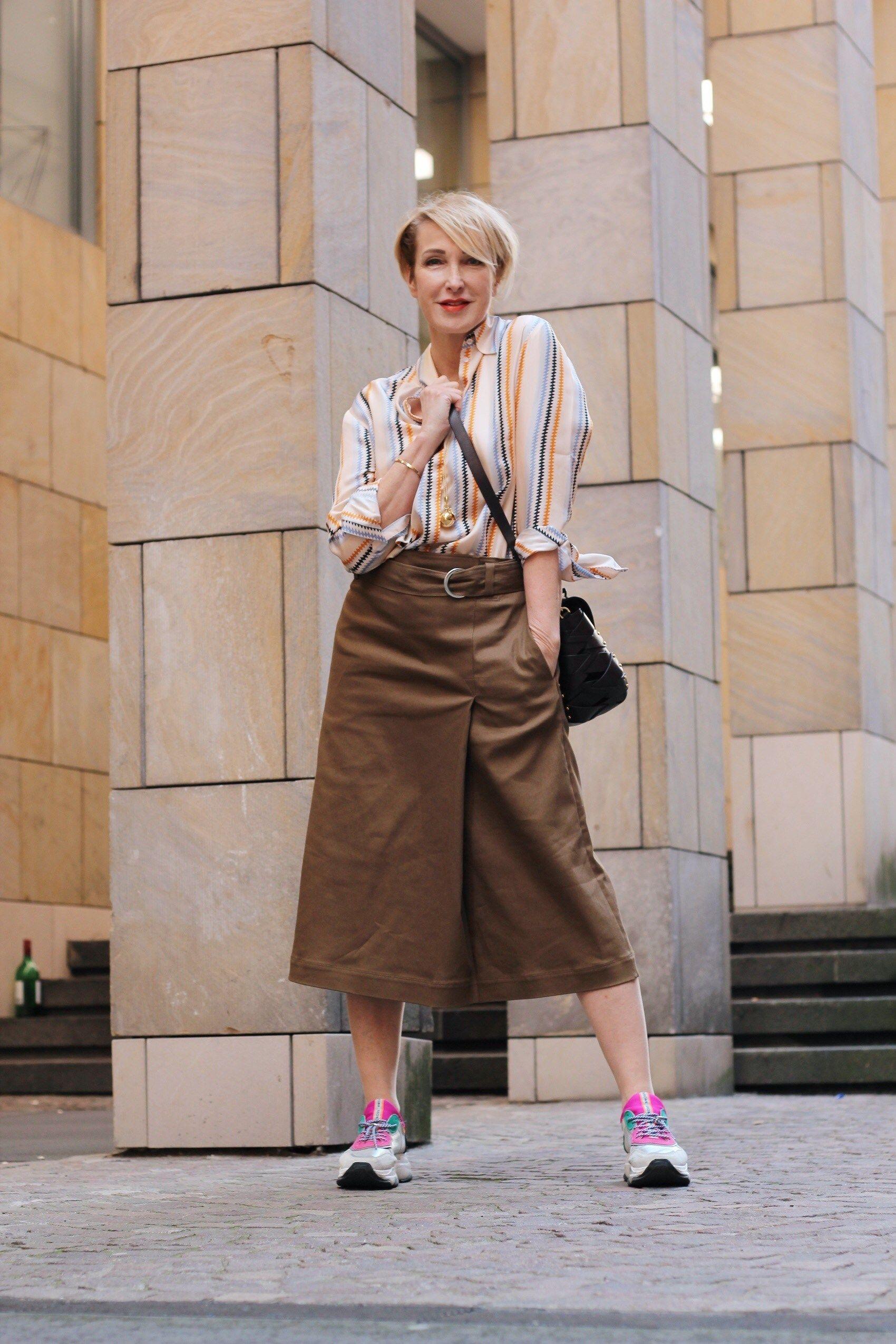 a315780a20d3 Die beliebtesten Röcke für den Sommer | off to office | Mode, Casual ...