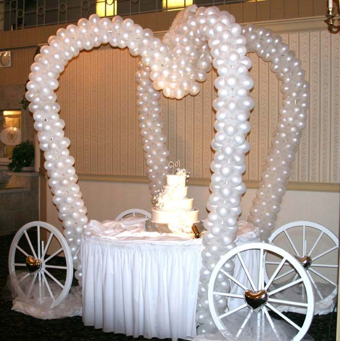 Balloon sculpture fairy tale carriage cake table - isnu0027t it great? & Google Image Result for http://balloonsculptures.com/wp-content ...