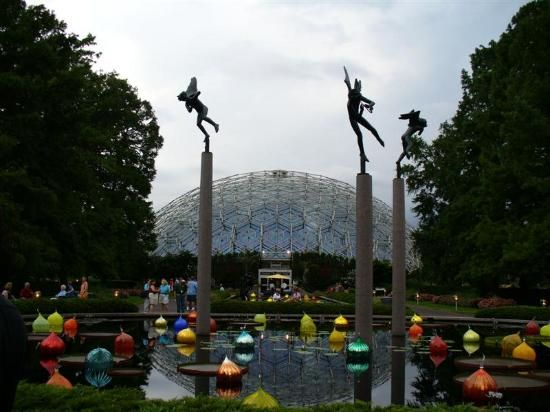Missouri Botanical Garden Is A World Class Botanical Garden Founded In 1859 Also Known As Shaw