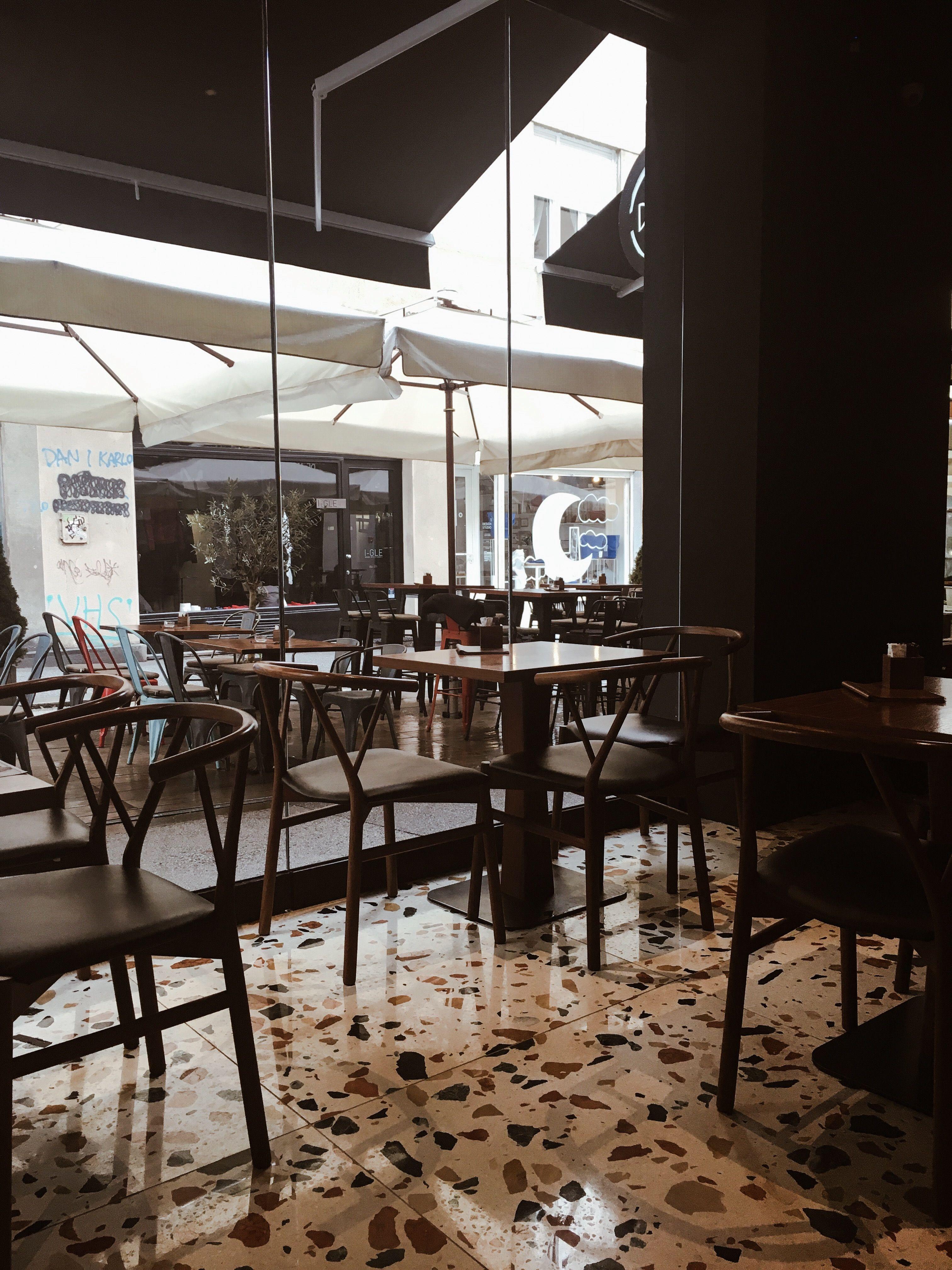 Dezman Bar Zagreb Coffeeplace Coffeebar Zagreb Coffee Places Dining Table Coffee Bar