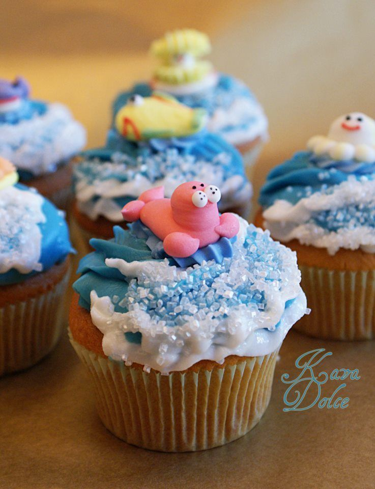 Ocean cupcakes - what great frosting!! :)