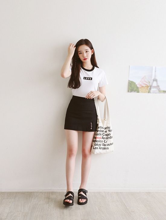 korean fashion black white skirt shirt shoes bag casual