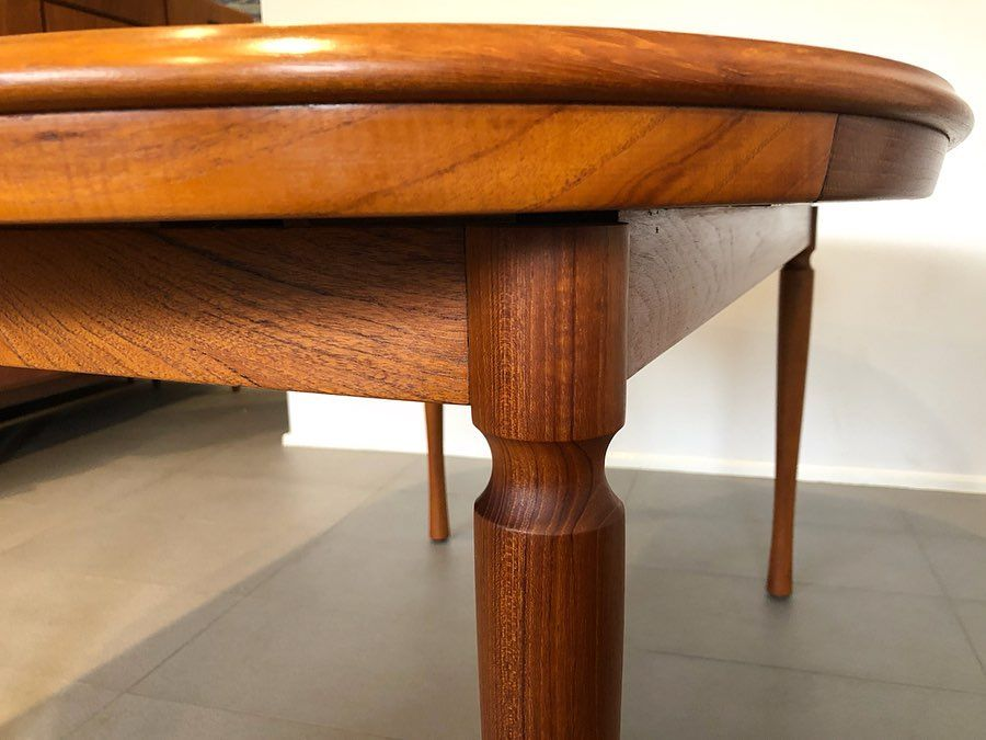 Mid Century Lane On Instagram Sensational Chiswell Double Leaf Extension Dining Table Made In Austr In 2020 Extension Dining Table Dining Table Mid Century Furniture