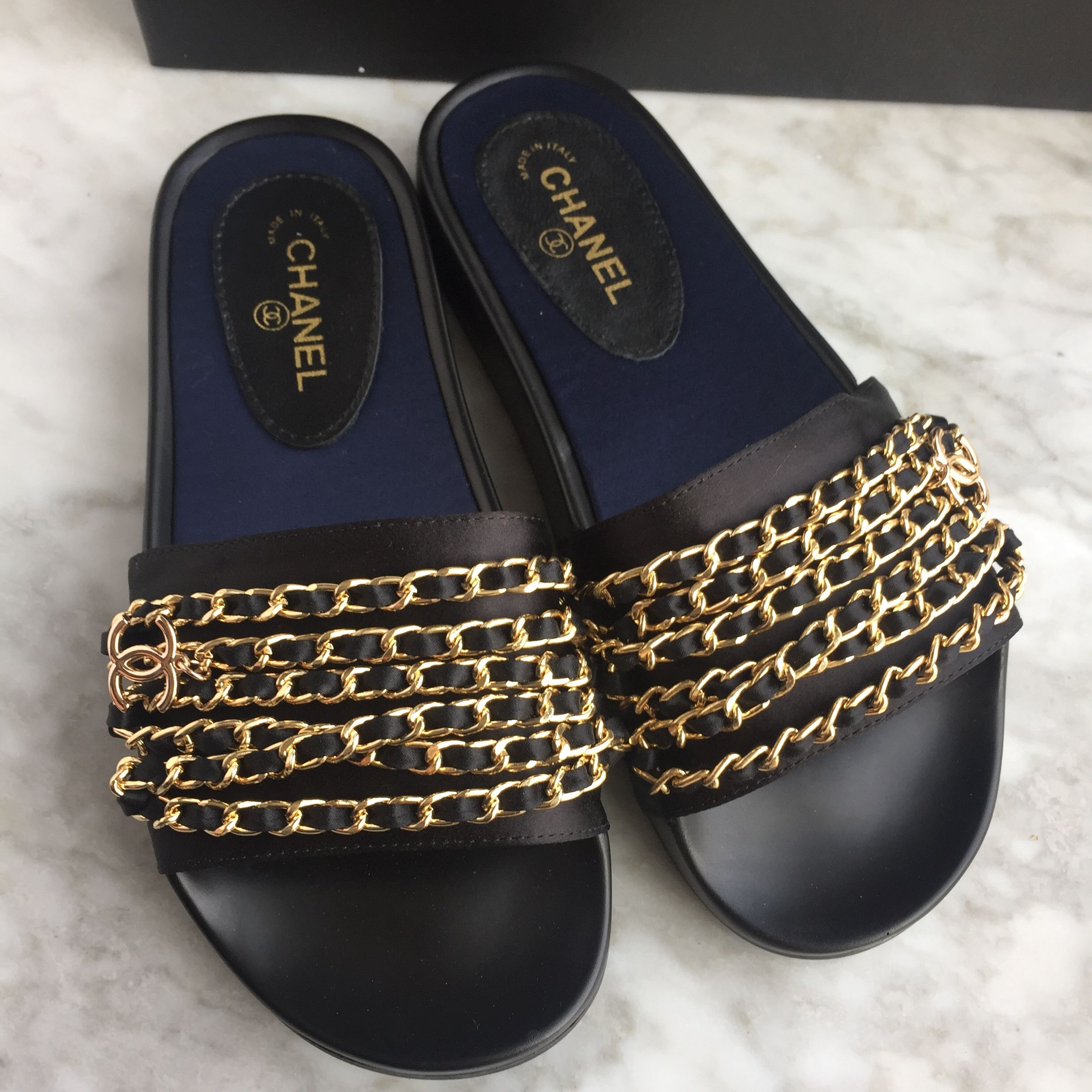 92f40b72761 Chanel woman slippers chain flats | On my feet in 2019 | Chanel ...